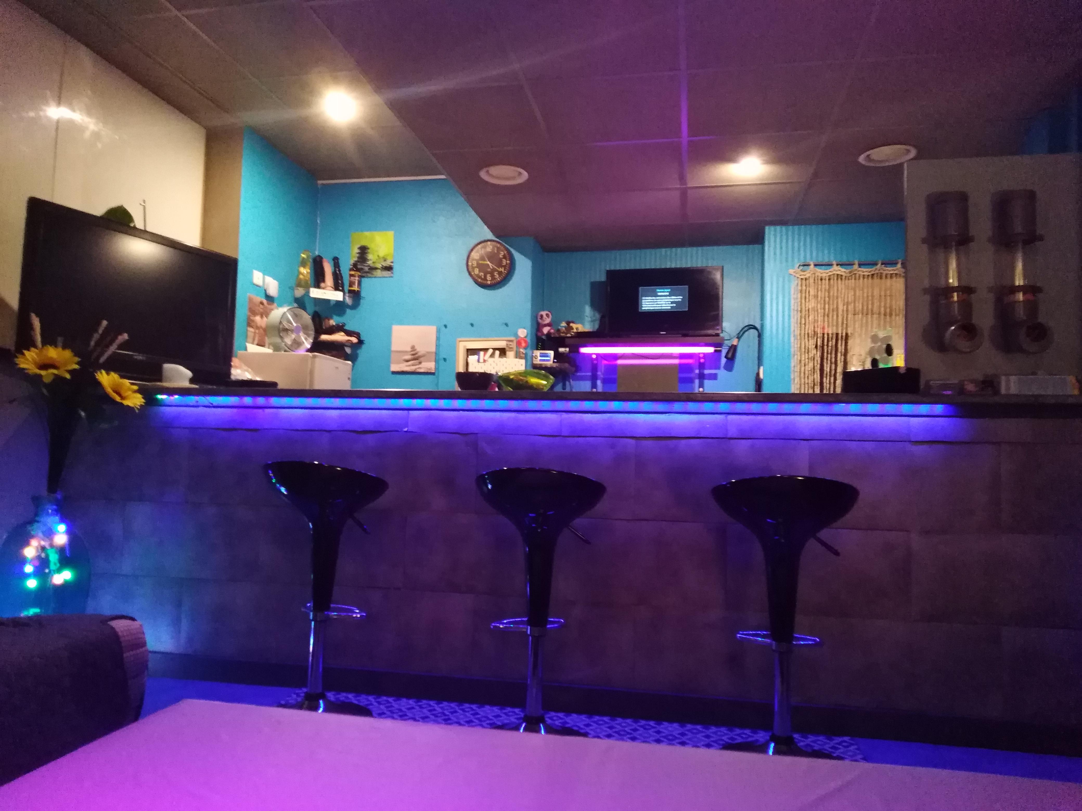 bar - Blue club sauna pour homme Metz proche gare de Metz