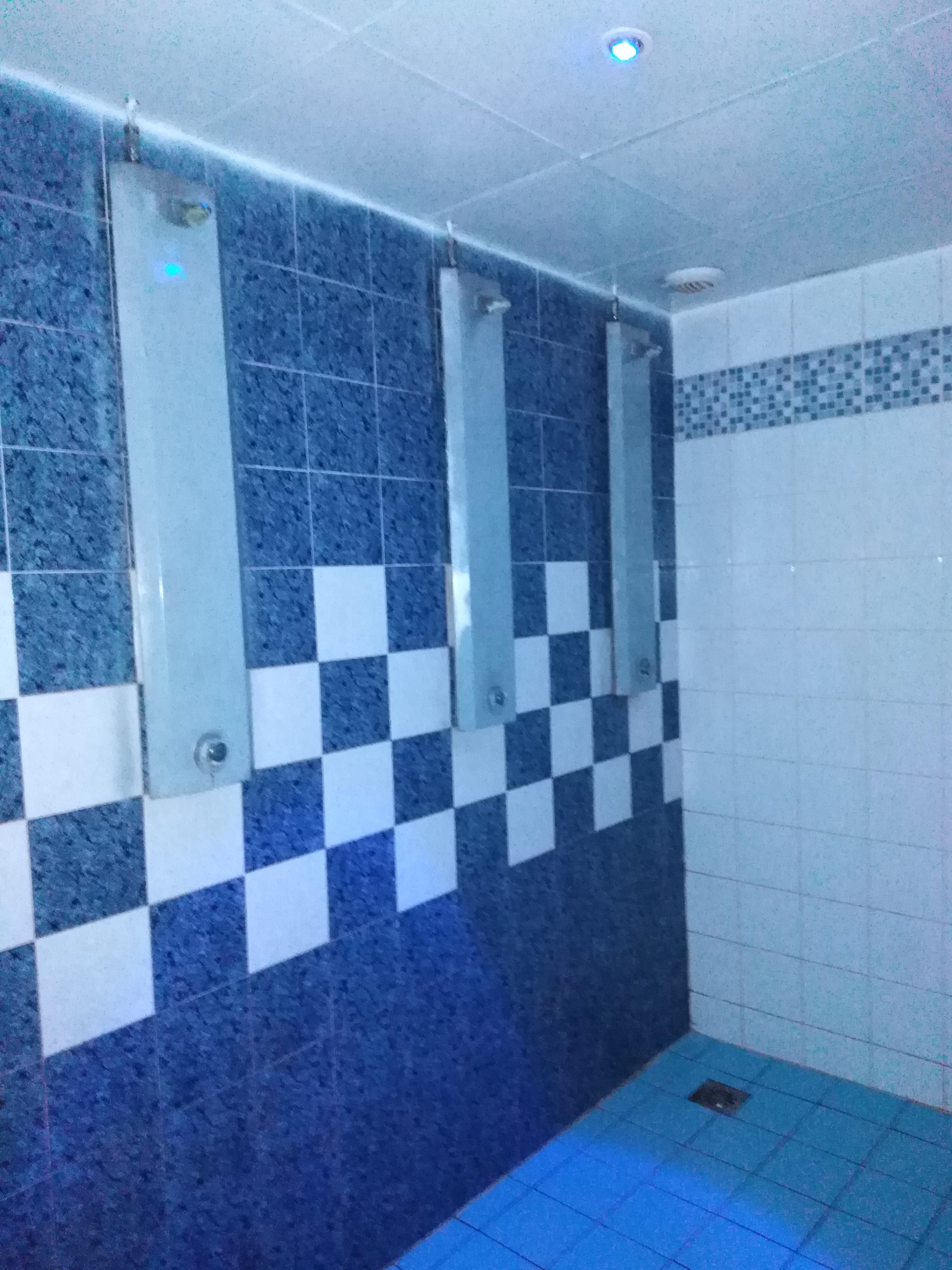 Douches - Blue club sauna pour homme Metz proche gare de Metz