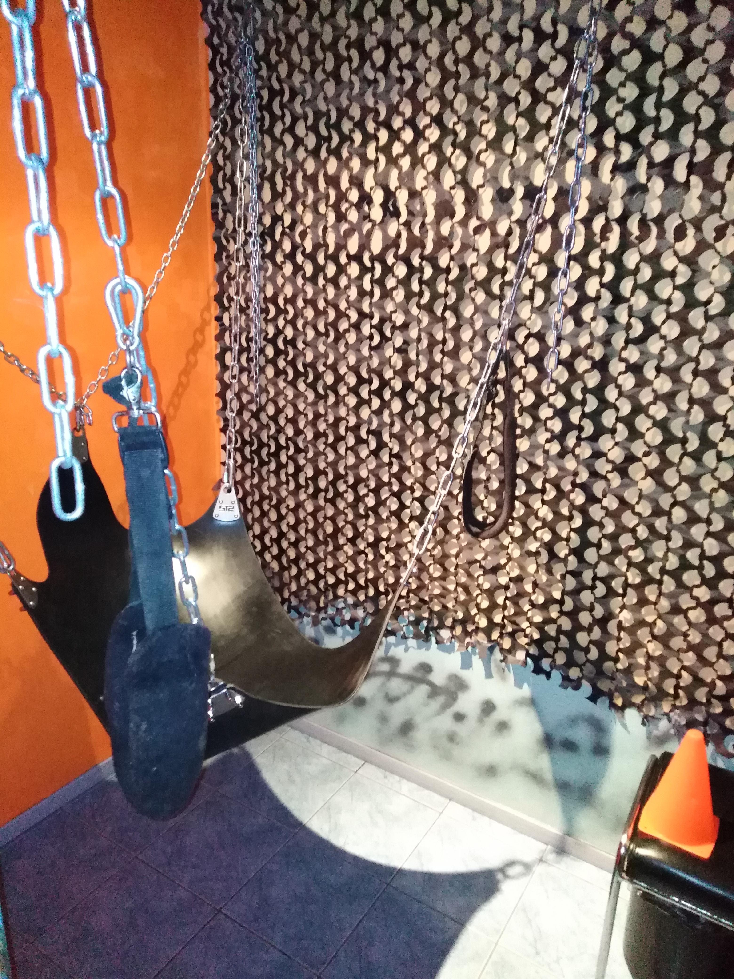 sling - Blue club sauna pour homme Metz proche gare de Metz